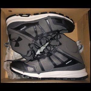 Under Armor Verge GTX Men's Sneakers - Size 11